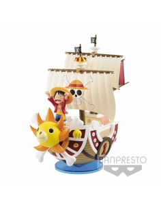 THOUSAND SUNNY PIRATE SHIP FIGURA 19 CM ONE PIECE MEGA WCF